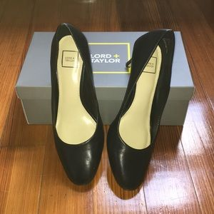 Lord and Taylor Lea Pumps
